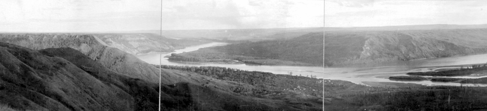 Old-Fort-St-John-panorama-then-now-c1910