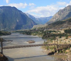 NowE-CW-2011-07-29 247-Lillooet old bridge-960by818.jpg