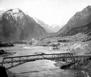 ThenE-CVA-A33606-Lillooet Howe Truss bridge-960by818.jpg